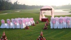 Bwin登录地址球会承接时尚浪漫的草坪婚礼